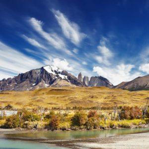 Tapet Foto 01-0115 - Peisaj Montan Nori Lac