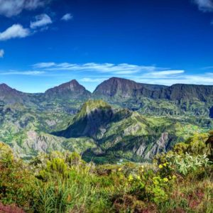 Fototapet 01-0185 - Peisaj Montan Priveliste Munti