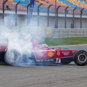Fototapet Masina de Formula 1 - Fox-19-0104