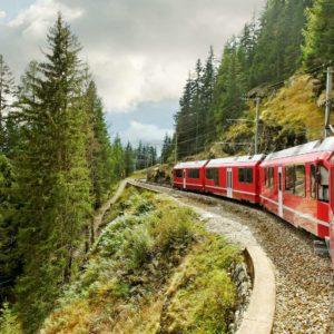 Fototapet Montan Trenuri 06